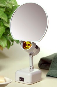 FL-9BAT 9X Magnifying Mirror Light for Travel & Home